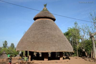 Et24278-W wiosce Gamole plemienia Konso-domy