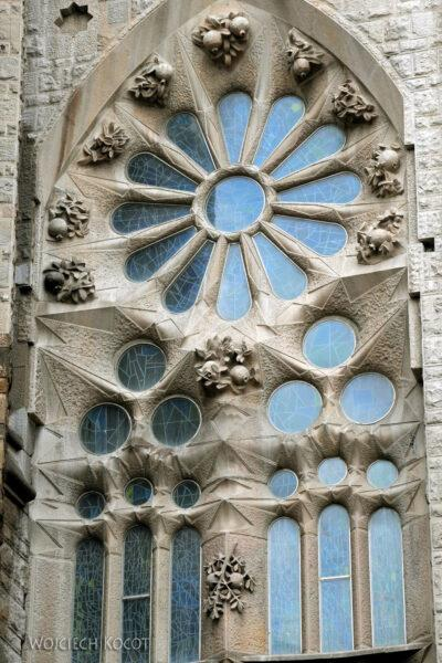 Basz005-La Sagrada Familia-fragm ściany zachodniej