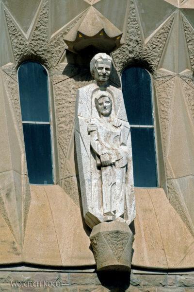 Basz006-La Sagrada Familia-fragm ściany zachodniej