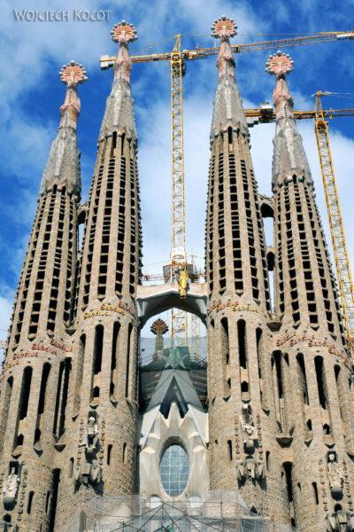 Basz007-La Sagrada Familia-fragm ściany zachodniej