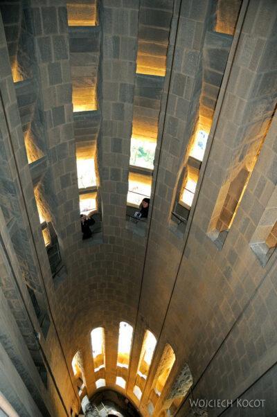 Basz016-La Sagrada Familia-w wieżach zachodnich