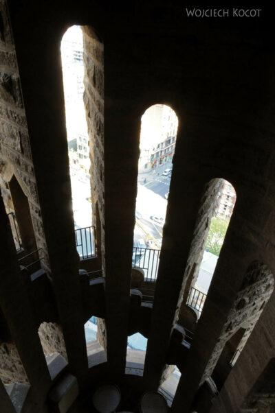 Basz025-La Sagrada Familia-w wieżach wschodnich