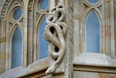 Basz033-La Sagrada Familia-fragm ściany północnej