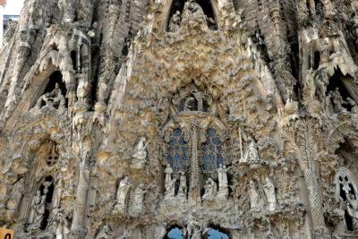 Basz036-La Sagrada Familia-fasada Bożego Narodzenia-wschodnia