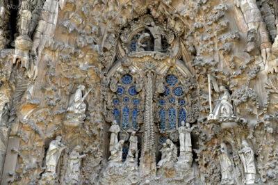 Basz037-La Sagrada Familia-fasada Bożego Narodzenia-wschodnia