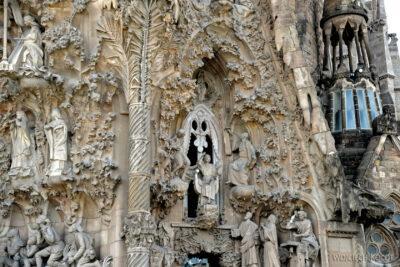 Basz039-La Sagrada Familia-fasada Bożego Narodzenia-wschodnia
