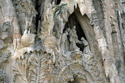 Basz040-La Sagrada Familia-fasada Bożego Narodzenia-wschodnia