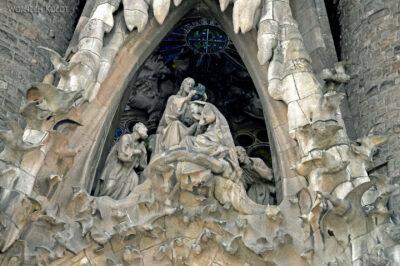 Basz042-La Sagrada Familia-fasada Bożego Narodzenia-wschodnia