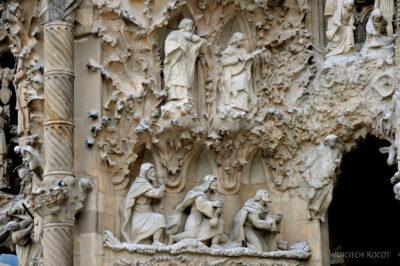 Basz043-La Sagrada Familia-fasada Bożego Narodzenia-wschodnia