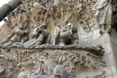 Basz046-La Sagrada Familia-fasada Bożego Narodzenia-wschodnia