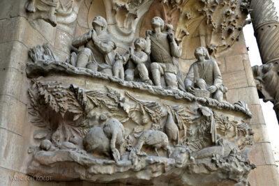 Basz047-La Sagrada Familia-fasada Bożego Narodzenia-wschodnia