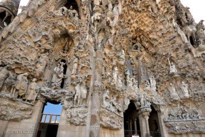 Basz059-La Sagrada Familia-fasada Bożego Narodzenia-wschodnia