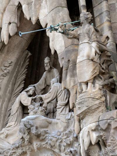 Basz062-La Sagrada Familia-fasada Bożego Narodzenia-wschodnia