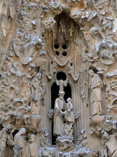 Basz064-La Sagrada Familia-fasada Bożego Narodzenia-wschodnia
