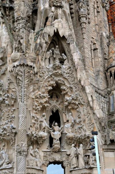 Basz067-La Sagrada Familia-fasada Bożego Narodzenia-wschodnia