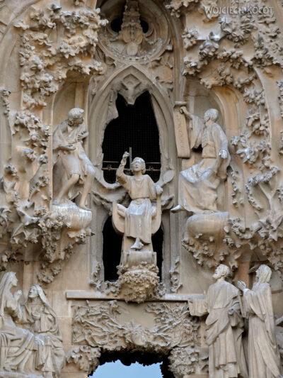Basz070-La Sagrada Familia-fasada Bożego Narodzenia-wschodnia