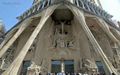Basz079-La Sagrada Familia-fasada Męki Pańskiej-zachodnia