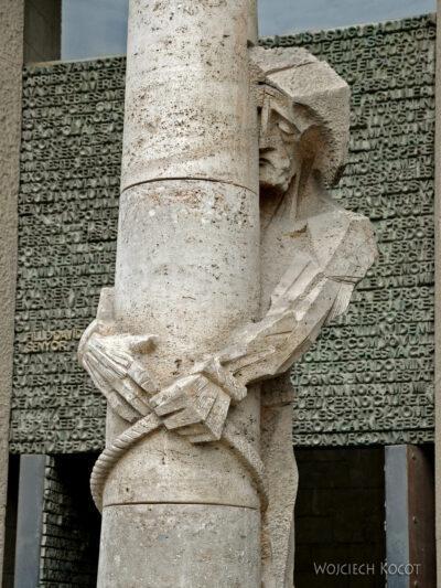 Basz104-La Sagrada Familia-fasada Męki Pańskiej-zachodnia