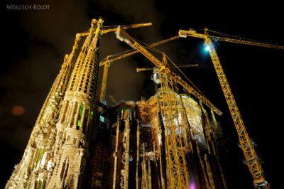 Basz117-La Sagrada Familia-budowa trwa