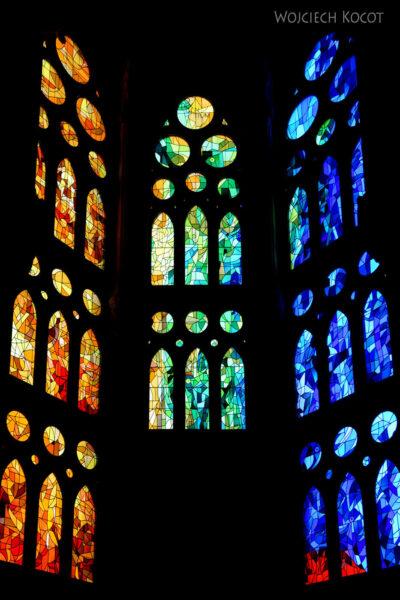 Basw080-La Sagrada Familia-wnętrze