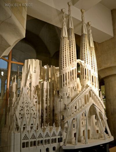 Basw087-La Sagrada Familia-makieta